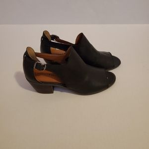 Lucky brand barimo black leather booties